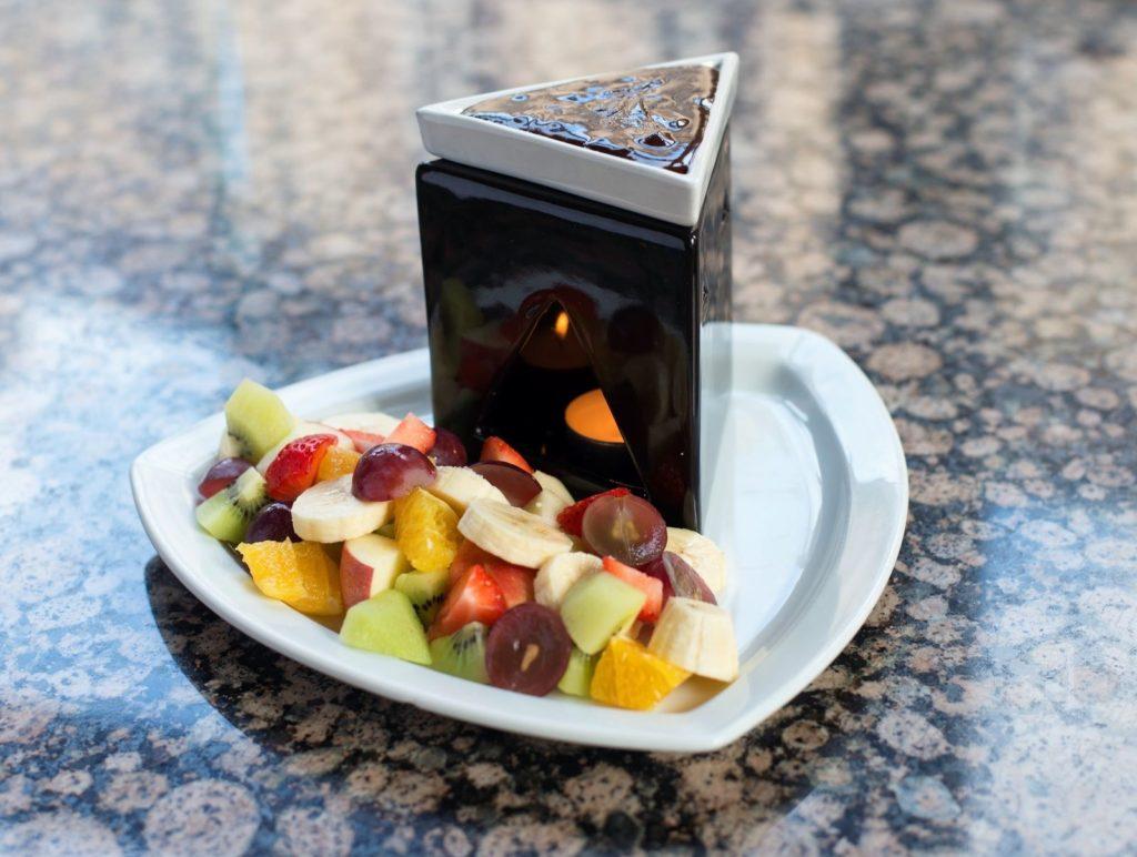 Čokoladové Fondue s ovocem - Chocolate Fondue with fruit